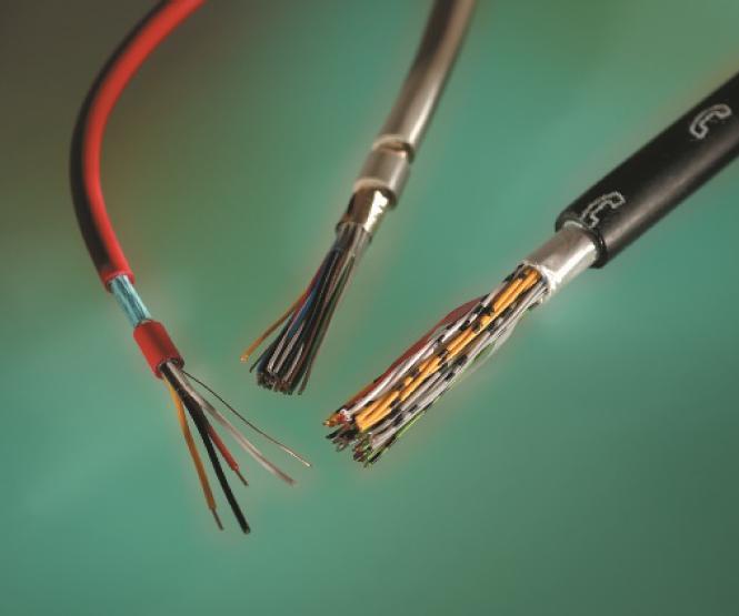 Cables y conductores de infraestructura
